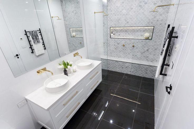 julia-sasha-week-3-bathroom-2000x1333-20