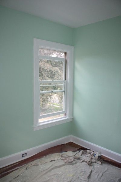 Benjamin Moore Leisure Green Light Green Walls Mint