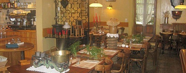 Le Café Babel a été ouvert par Gustave-Jules Babel en 1906.