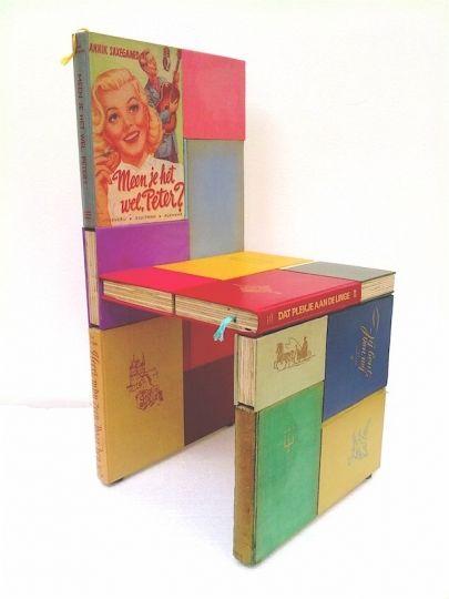 Kinderstoeltje Jacqueline le Bleu (http://www.lebleu.nl/page.php?kid=1). Jacqueline ontwerpt meubelen die een ode zijn aan het boek. https://www.facebook.com/boekenbank.
