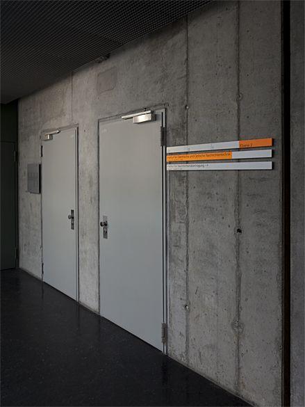 Wayfinding Sign, Stuttgart University Institute of Engineering (Büro Uebele)