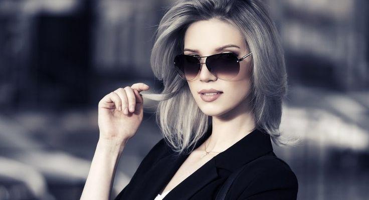 Resultado de imagen para estilos de teñirse el cabello azul claro