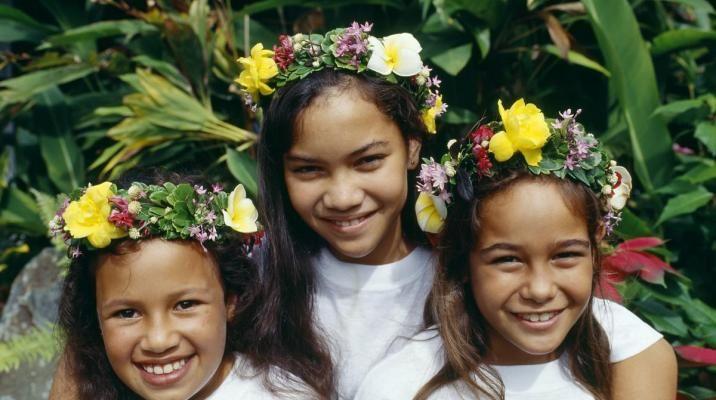 Smilende børn på Cook Islands