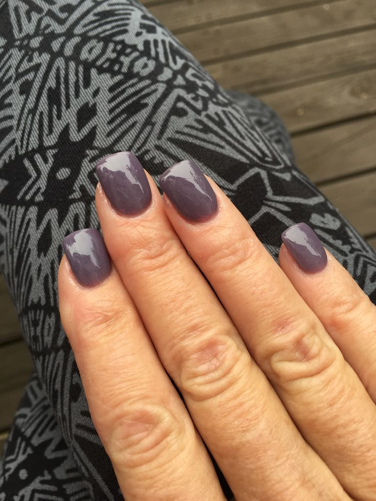 Not grey. Not purple. A little of both. Perfect fall neutral #SNS Powder