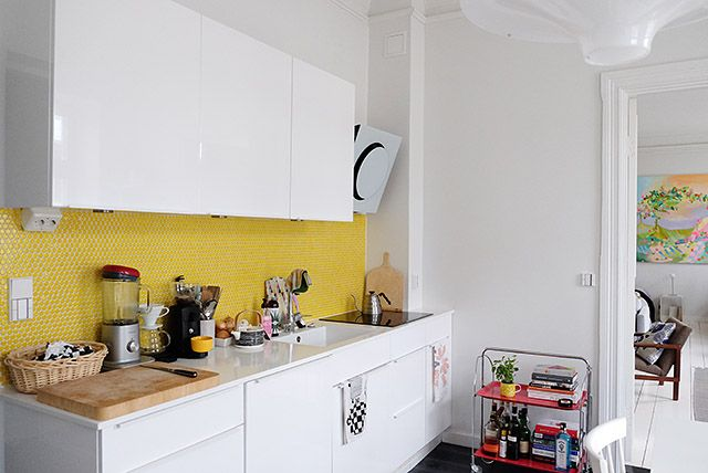 COSY HOME/ Yellow kitchen tiles https://cosyhomeblogi.wordpress.com/