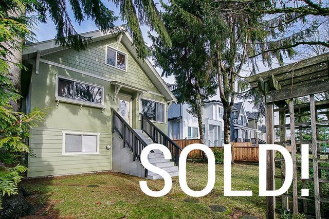 ♦️#SOLD♦️ 🏡3953 Pine Street, Burnaby 4 bedrooms & 3 bathrooms & 2,502 sqft. It was a pleasure to be a part of this deal. #Congratulations to the Sellers & Buyers on your new chapters in life! 🍾 Contact: 604-889-9711 RE/MAX Central  #RealEstateBurnaby #HomesForSale #Realtors #REMAX #NewListing #InvestmentProperties #JustListed #VancouverRealEstate #CondosForSale #BeautifulHomes #LuxuryHomes #RealEstateListings #OpenHouse #HouseHunting #RealEstate #CurbAppeal #DreamHome #MillionDollarListing…