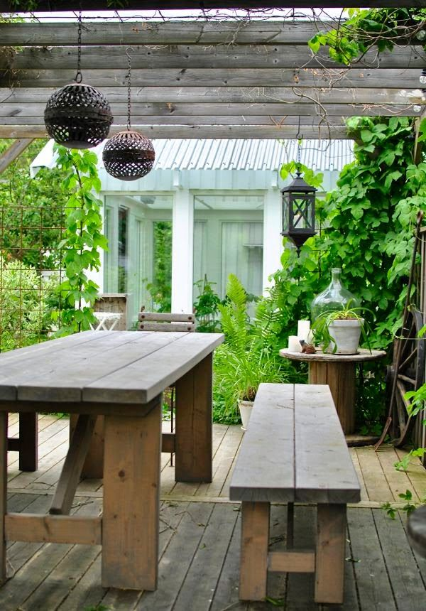 Simple and Nice,. Dining Table in The Pergola-Area