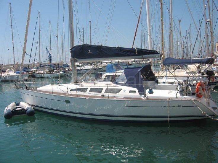 alquiler velero 6 personas Ibiza patron Jeanneau Sun Odyssey Alquiler barcos Ibiza alquiler veleros ibiza Formentera catamaran