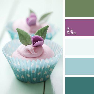 celeste y violeta, color mentolado, color verde menta, colores verde y berenjena, de color violeta, mentolado, paleta de colores para una boda, tonos celestes, tonos pastel, verde y violeta, violeta fuerte.