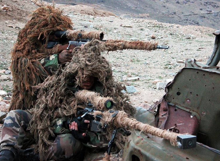 Snipers of the 2nd Foreign Parachute Regiment section de tireurs d'élites (Sniper) France deploying a PGM Hecate II and FR F2 in Afghanistan.