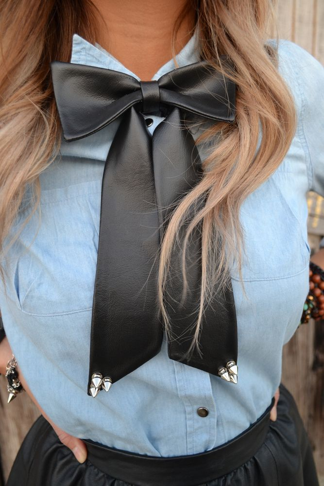 Image of Black Faux Leather Bowtie w Spikes
