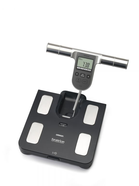 OMRON BF 508 testösszetétel-elemző mérőkészülék - A készülék a következőket képes mérni és kiértékelni: testsúly, testzsíradék, zsigeri (viszcerális) zsírszint, testtömegindex (BMI).