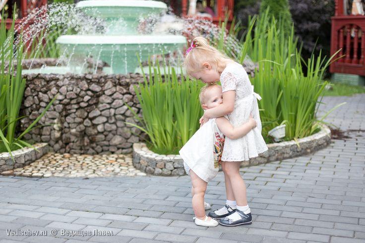 Хорошая фотография позволяет понять, как мало видят наши глаза. -NN*- #ведищев_цитирует #детский_фотограф #ведищев #vedishchev #семейный_фотограф#семейныйфотограф#детскийфотограф #юлиамелиана#дведочки#юси_гуси#юлиана#Амельхен#леди_ю#двесестры