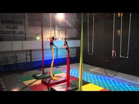 Acrobacia en tela. Muestra 2014 - Estilo Aire - YouTube