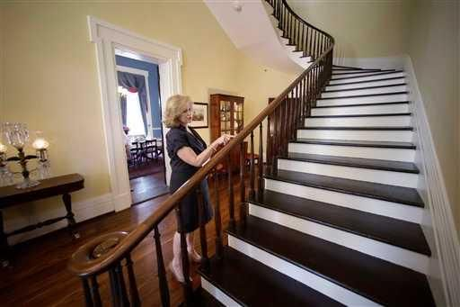 Reconstruction of Texas Governor's Mansion completed   Red Raiders