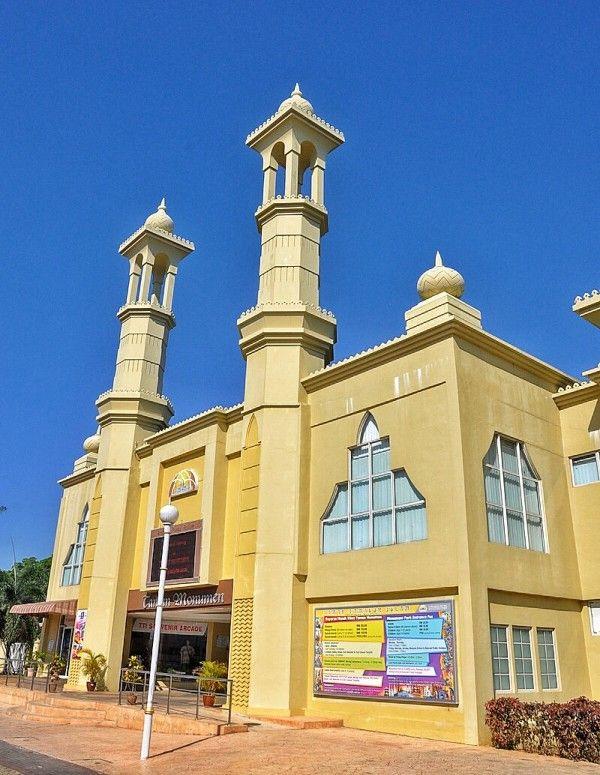 Islamic Civilization Park in Kuala Terengganu Malaysia: A Unique Cultural Immersion  - http://outoftownblog.com/islamic-civilization-park-in-kuala-terengganu-malaysia-a-unique-cultural-immersion/
