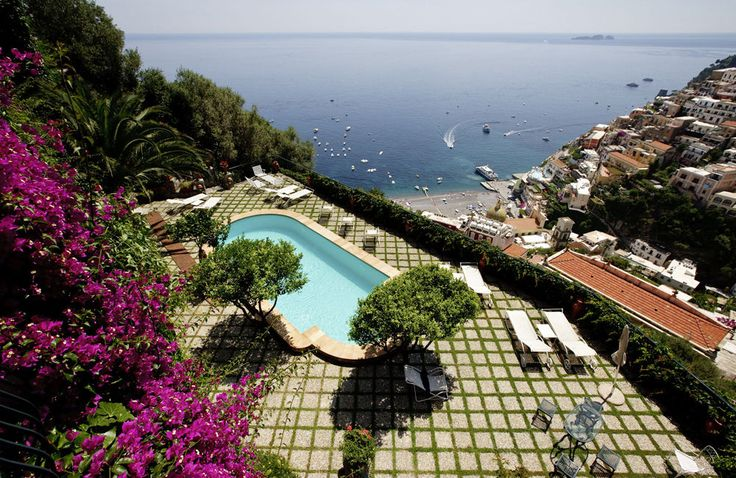 Villa delle Sirene Campania & the Amalfi Coast Sleeps up to 14. Perched high above the breathtakingly beautiful town of Positano, this house could almost be a figment of the imagination, so dramatic and theatrical is its appearance