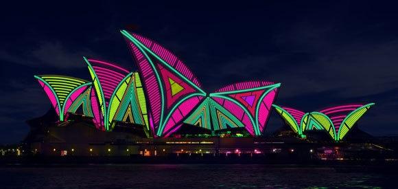 sydney opera house, vivid sydney, lighting the sails
