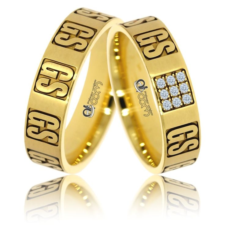 Verighete personalizate INITIALE aur galben. Inelul damei cntine si 9 cristale / diamante dispuse in retea de cate trei pietre, ca intr-o caseta.