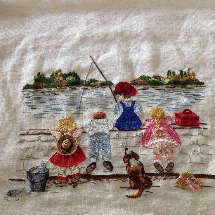"""Mi piace"": 5,296, commenti: 71 - ⚪ ⚪Вышивка (@handmade.embroidery) su Instagram: ""@berrin_sengoz ___ #вышивка #embroidery #embroideryart #embroiderydesign #мило #детство"""
