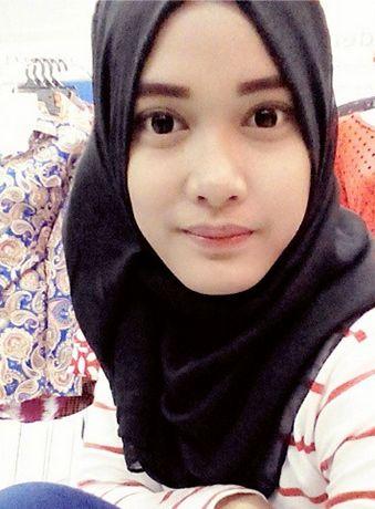 Gadis jelita melayu  http://jomumum.blogspot.com/2014/12/gadis-jelita-intan-aniz.html  #malay #gadis #wanita #melayu #perempuan
