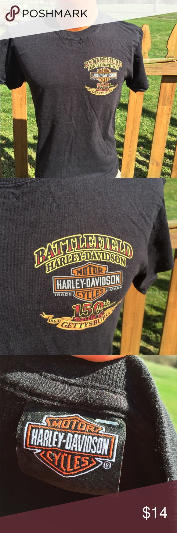 Harley Davidson Mens T Shirt Size Medium Size medium. Gently preowned. Be sure to view the other items in our closet. We offer both women's and Mens items in a variety of sizes. Bundle and save!! Thank you for viewing our item!! Harley-Davidson Shirts Tees - Short Sleeve
