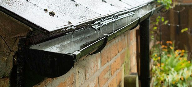 How to get rid of penetrating damp - heck gutters, roof, window frames and pipes for leaks You'll need to work out what might be saturating your walls or ceiling with water, so cracks and defects are likely to be the culprit. Where the damp patch is will give you an indication of where to look first. For example, if it's at the height of your guttering, start by examining your gutters and downpipes for leaks or cracks.