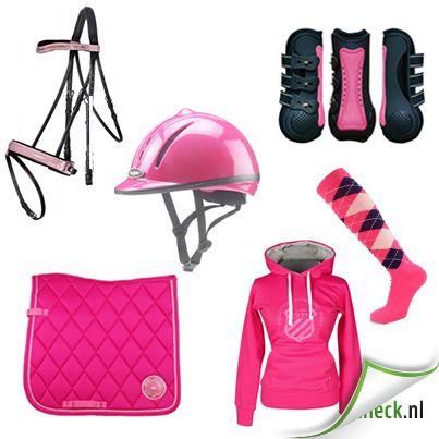 Roze. Cap, zadeldek, peesbeschermes en een hoofdstel  http://www.horsecheck.nl/