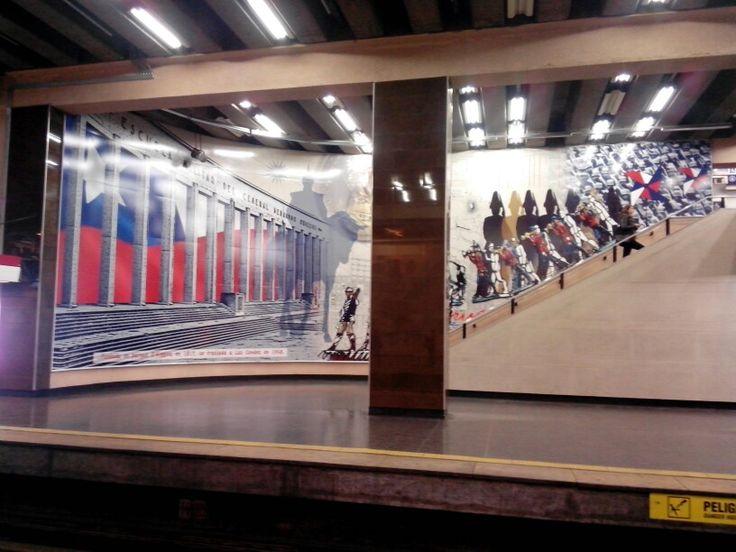 Metro Universidad de Chile en Santiago de Chile, Metropolitana de Santiago de Chile