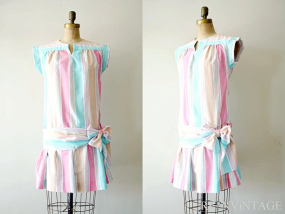 1980s Summer Dress   (Looks like something I wear during my younger daysD:)