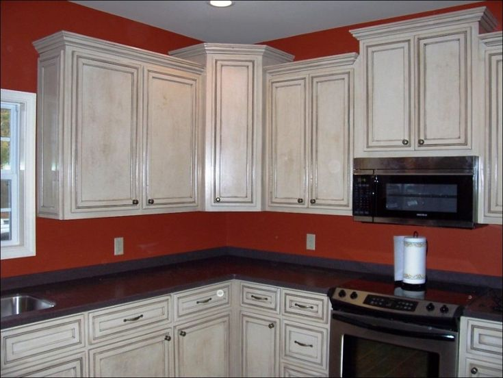 Image result for red kitchen walls with white antiqued cabinets - Best 25+ Brown Walls Kitchen Ideas On Pinterest Warm Kitchen