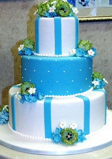 Amazing (and totally edible) cakes from The Cake Boss on TLC  http://tlc.howstuffworks.com/tv/cake-boss/videos