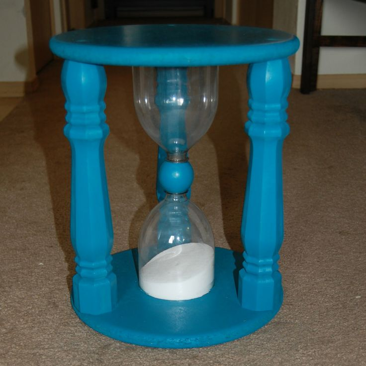 Christiney's Crafts: Time out stool Tutorial hourglass timeout chair