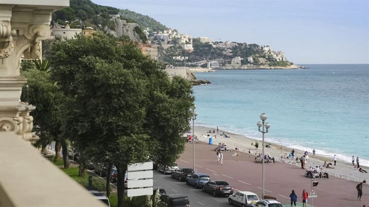 Mercure Nice Marche Fleurs, Nice, France -- Hotels in Nice -- Check Availability & the Best Rates here >>  http://www.lowestroomrates.com/avail/hotels/France/Nice/Mercure-Nice-Marche-Fleurs.html?m=p  With a stay at Mercure Nice Marche Fleurs in Nice (Old Town), you'll be minutes from Nice Opera and Place Massena. This 4-star hotel is within close proximity of Quai des Etats Unis and Courthouse Square.  #MercureNice #MarcheFleurs #NiceHotels