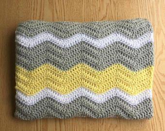 Manta del bebé Chevron gris y amarillo / del ganchillo bebé manta / género Neutral bebé Manta / manta del bebé de la ondulación / amarillo del ganchillo bebé manta