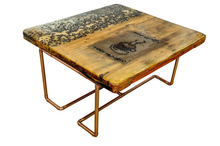 Love coffee modern table - real coffee beans, resin and copper legs table Masa de cafea din lemn cu top din boabe de cafea si picioare de cupru