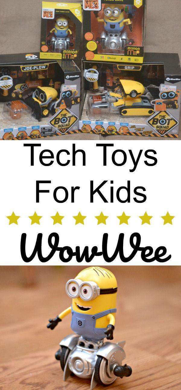 Tech Toys For Kids = Imagination Running Wild With WowWee, WowWee toys, WowWee robo toys, tech toys for kids, Christmas ideas for kids, #WowWee #clvr #ad @WowWeeWorld