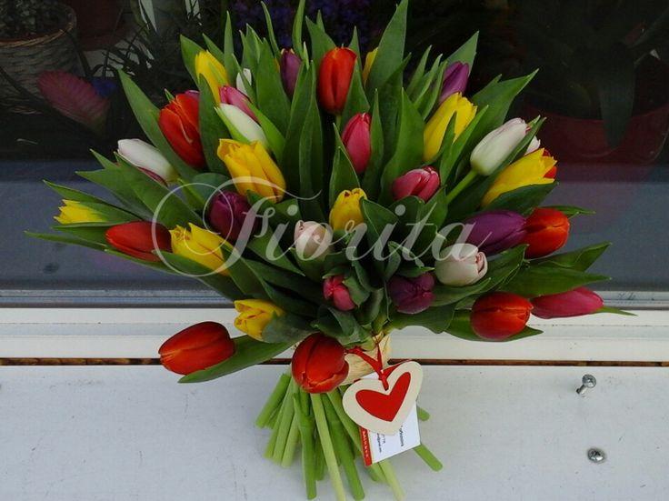 Velká kytice tulipánů