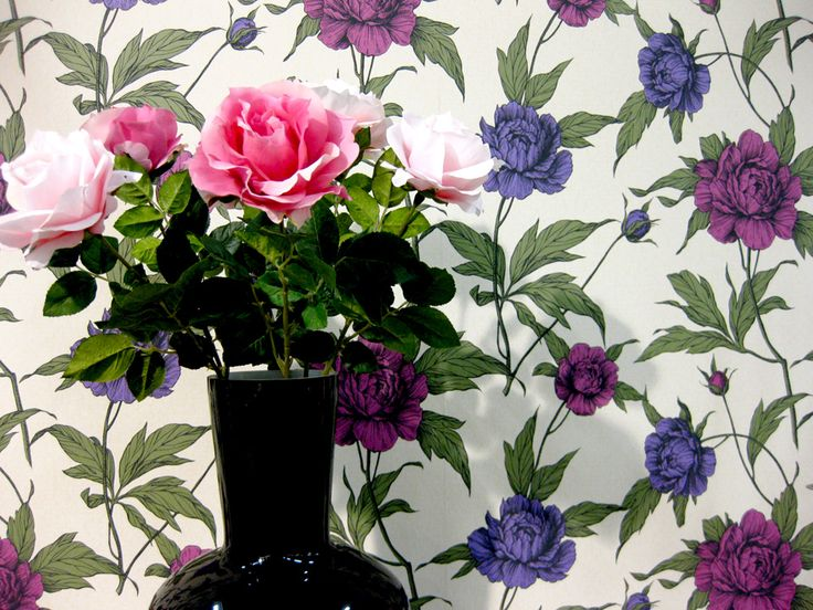 STANDOUT TREND -blogissa K-raudan tapeteista Eco Happy ja Eco Rose.