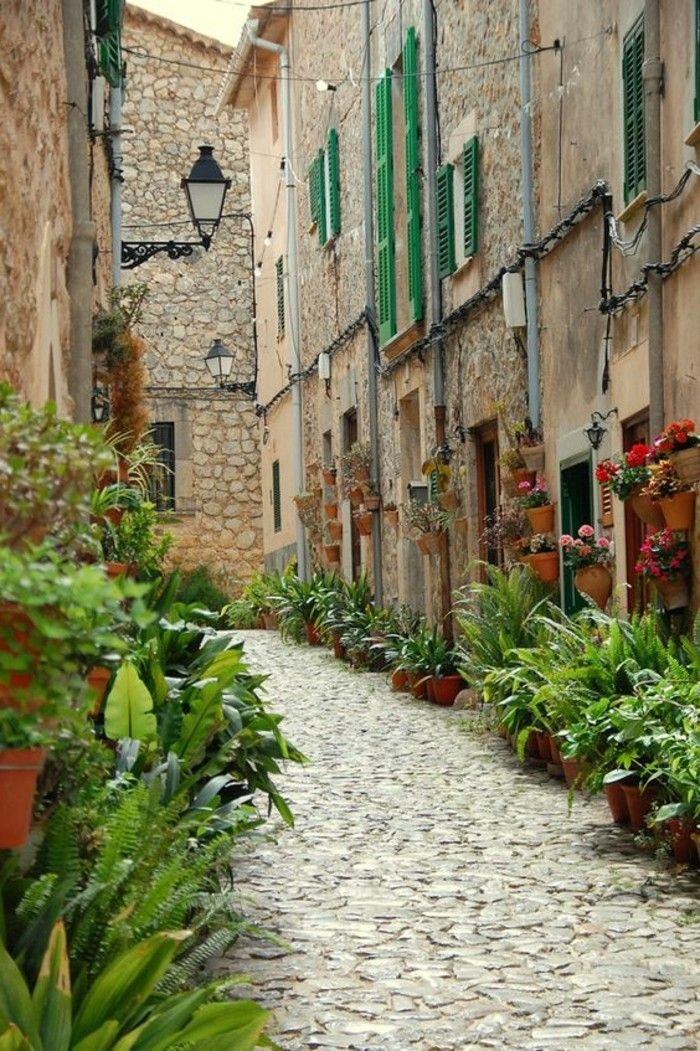 les magnifiques rues de Valldemossa, visiter palma de majorque