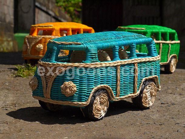 Volkswagen minivan of wood (large rattan VW Camper Bus (Hippie van ...