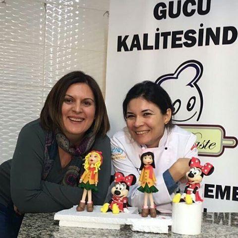 Son zamanlarda geçirdiğim en eğlenceli doğum günüydü. Harika şeyler öğrendim. Benim candan, iyi kalpli ve tatlı öğretmenim @neslihanmentes_edibleart !Çok teşekkür ederim. ❤ Iyi ki varsınız. #turkishculinaryacademy #drpaste #sekerhamurumodelleme #butikpastacılık #amazing #sweet #food