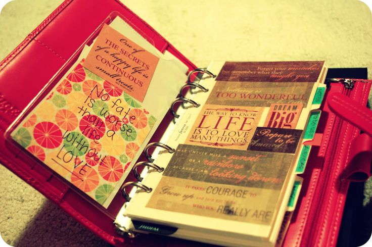 Filofax opening page - oooh, inspirational quotes carried round in the Filofax...like :)