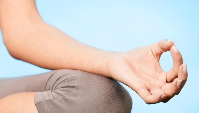Aprende a respirar Este #findesemana #relax recibirás una introducción al Yoga y como respirar http://www.casadoroble.com/eventos/fin-de-semana-relax …