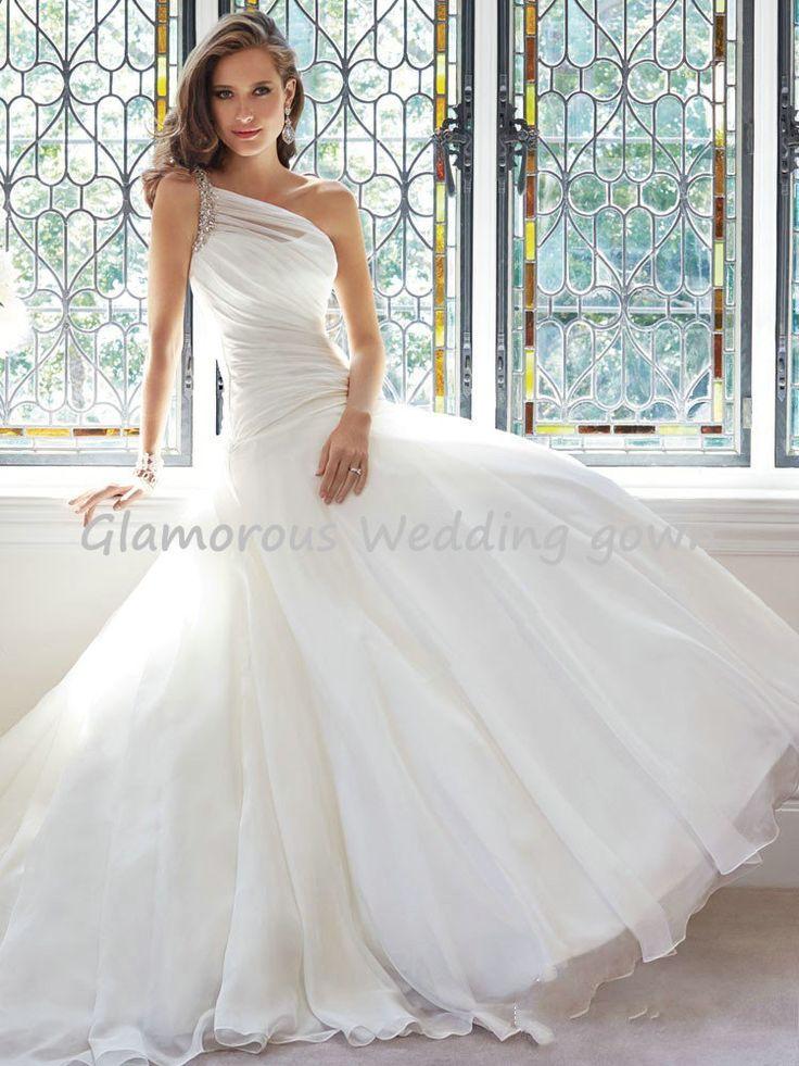 Simple  Newest Elegant One Shoulder Beaded Bridal Wedding Dresses Noble Pleat Court Train Long Wedding Dress