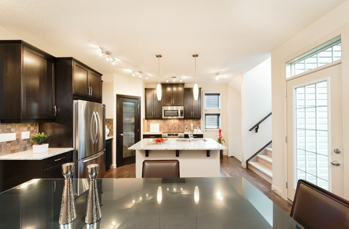 Aberdeen in Evanston by Broadview Homes. Click here for more #decorating & #decor ideas: http://www.broadviewhomes.com/calgary/photo-gallery #kitchen