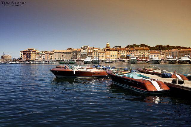 Le port de Saint Tropez aux airs de dolce vita italienne - St Tropez Harbour