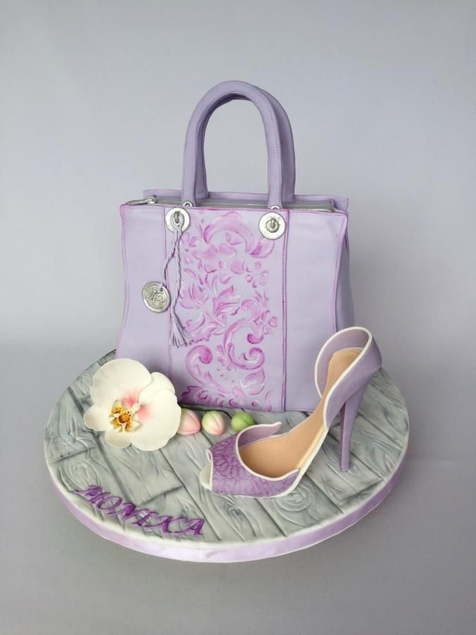 Handbag cake by Layla A