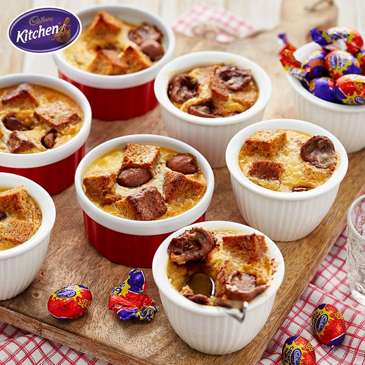 Is it just us, or does banana bread taste just like home? This glorious CREME EGG Banana Bread Pudding is the perfect treat for Easter Sunday and is a really easy twist on the traditional recipe.  #CADBURY #CadburyKitchen #makeitdelicious  #bananabread #cremeegg #chocolate #baking #fans #pudding #Easterrecipes #Easter #dessert