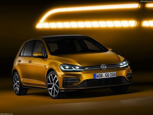 Awesome Volkswagen 2017 -  Volkswagen Golf & Golf Variant (2017) | Hot-Hatch! | Luxury......  Car News & Stuff Check more at http://carsboard.pro/2017/2017/08/31/volkswagen-2017-volkswagen-golf-golf-variant-2017-hot-hatch-luxury-car-news-stuff/